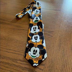 Vintage Davenport Disney Necktie